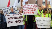 Air-Berlin-Mitarbeiter machen mit Protestaktion Druck auf Arbeitgeber