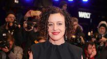 """""""Ich bin sprachlos"""": Deutsche Regisseurin Maria Schrader gewinnt Emmy"""