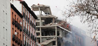 Explosion rips through building in Madrid