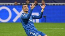 Ladrão invade casa de Cristiano Ronaldo e rouba camisa da autografada da Juventus