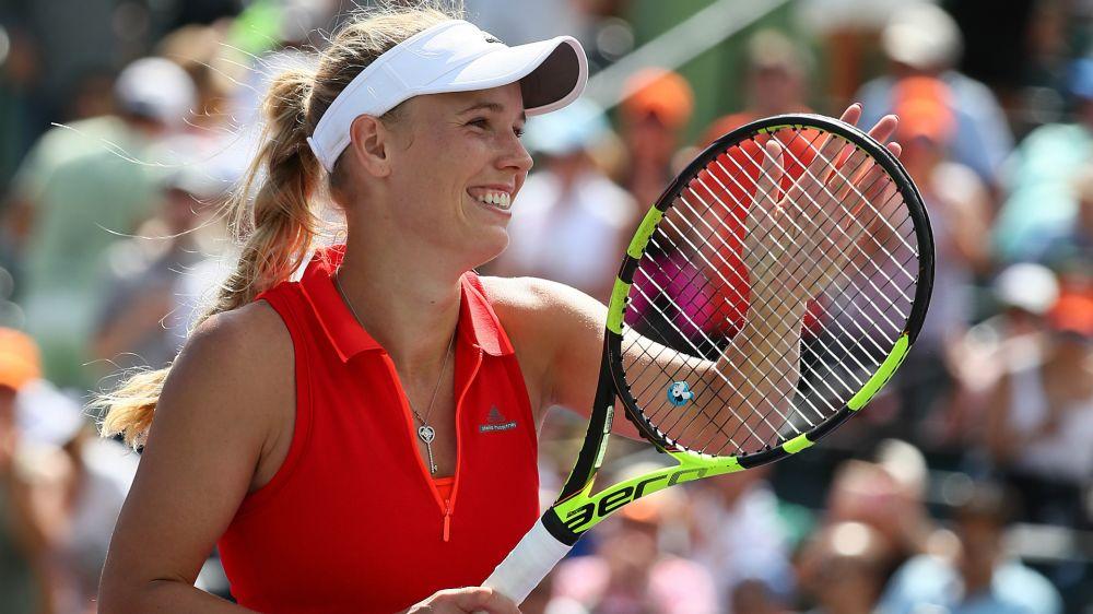 Wozniacki coasts into Bastad semi-finals, Peng in last four in Nanchang