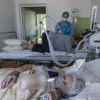 Ukraine: Health workers welcome COVID-19 vaccination drive