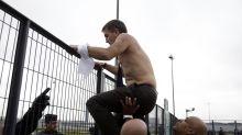 """""""Chemise arrachée"""": 3 à 5 mois de prison requis en appel contre quatre ex-salariés d'Air France"""