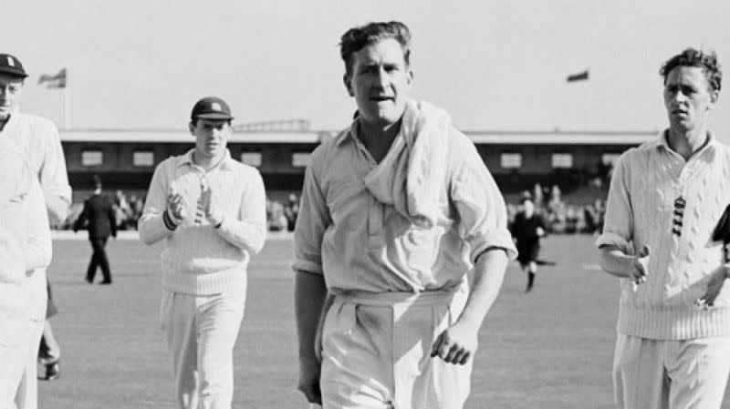 Jim Laker missed out on the record of taking all 20 wickets in a Test match by just 1 wicket
