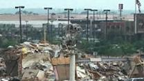 Raw: Widespread Destruction in Moore, Okla.