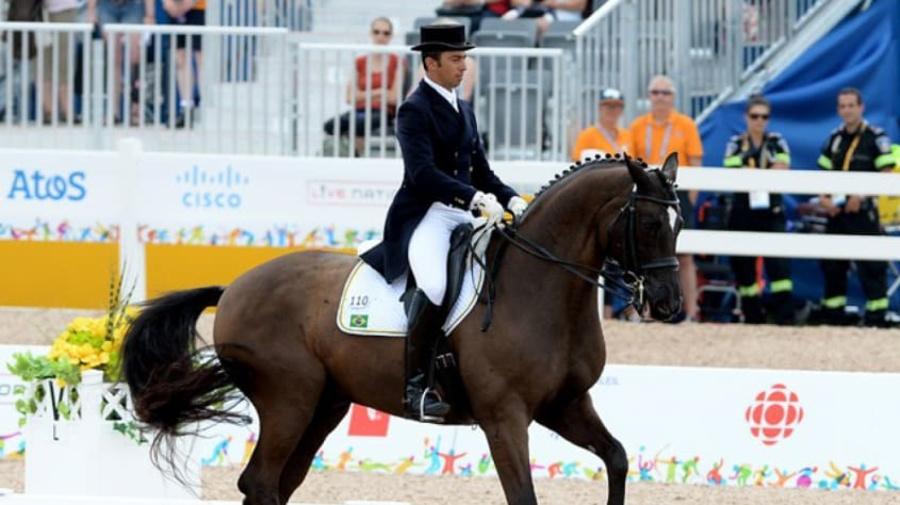 Atleta é suspenso por maltratar cavalo