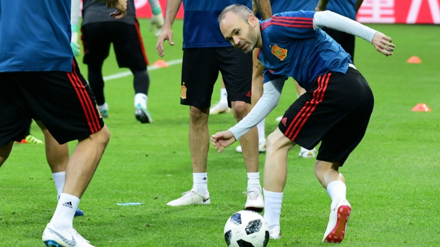 Spain's Iniesta wants Iran win, and trophy, on World Cup swansong