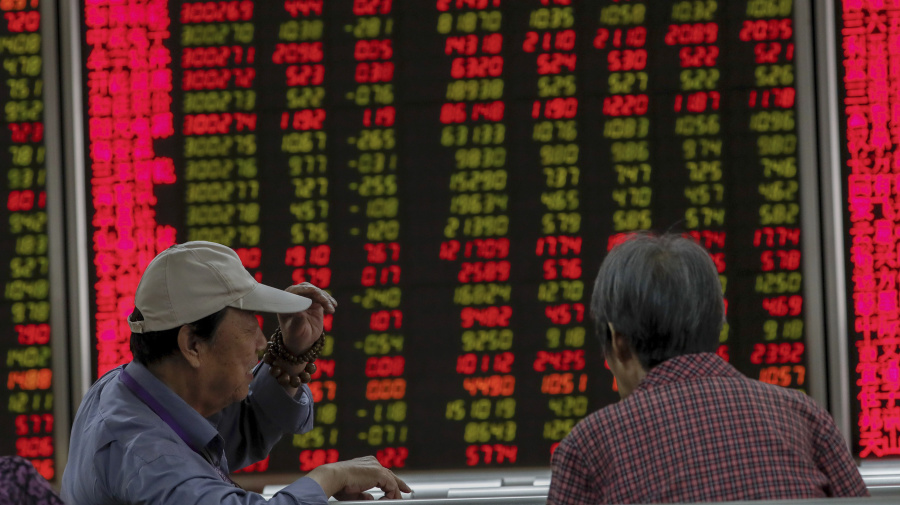 Global stocks inch up on trade hopes