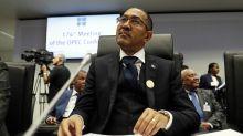 Angola en recuperación con subasta petrolera, nuevas refinerías
