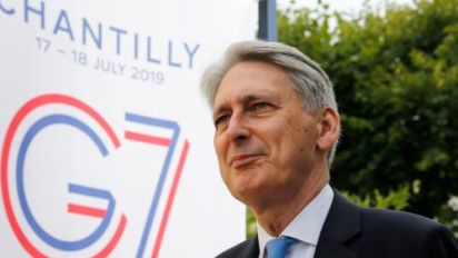 Hammond signals he could vote to bring down Boris