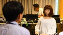 El nuevo reto de las entrevistas de trabajo: vencer a un 'robot' que puede ser implacable