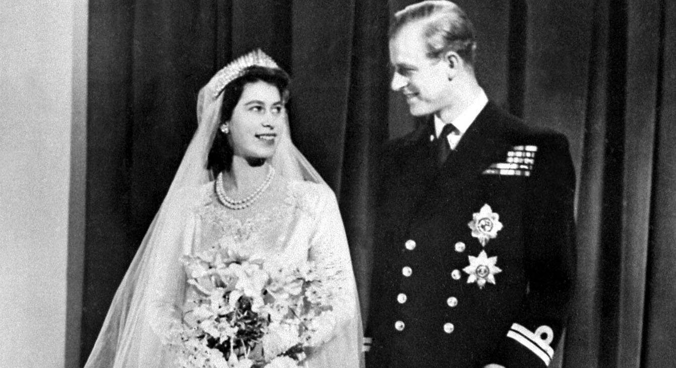 The Queen has a ring with a secret engraving - and only three people know what it says