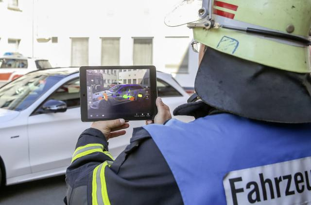 Mercedes gives first responders an AR view of its cars
