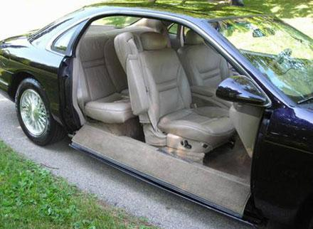 """""""Disappearing door"""" Lincoln concept turns up on eBay"""