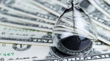 Dollar Crumbles as US Jobless Claims Skyrocket
