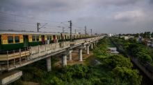 Urban nomads: the floating population who fall asleep under the stars on Chennai's rail lines