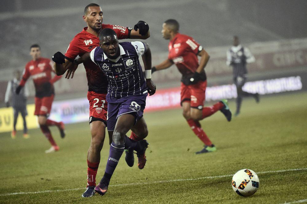 Un joueur du TFC et du PSG suspecté dans une affaire de blessure par balle