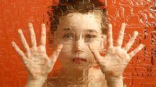 Autismo: los síntomas en niños podrían reducirse con un… ¿transplante fecal?