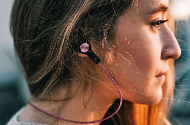 B&O Play get into the wireless earbud game