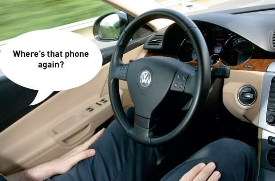 Auto-insurance researchers: 'Cell phone bans don't help reduce crashes'
