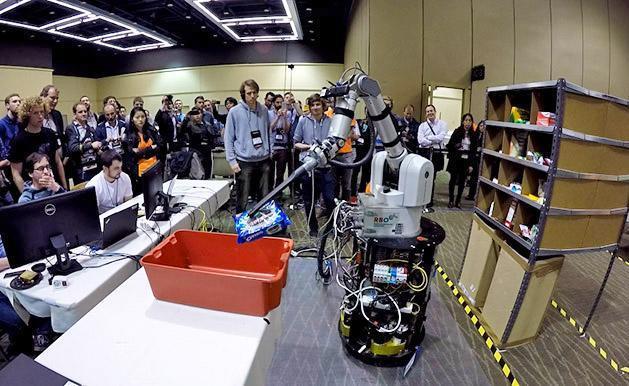 Amazon crowns winner of first warehouse robot challenge