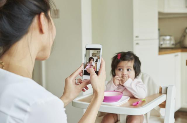 Phone app detects eye disease in kids through photos
