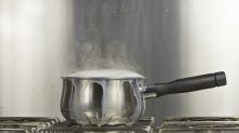 Mit diesem Trick kocht Milch nicht mehr über