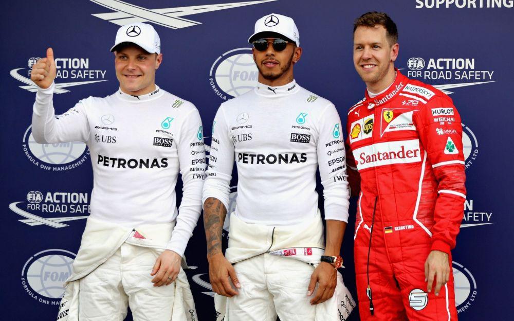 Lewis Hamilton takes pole in the Australian GP ahead of Sebastian Vettel and Valtteri Bottas - Getty Images AsiaPac