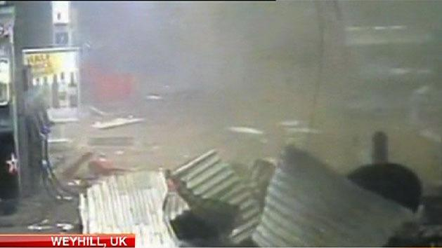 Thieves blow up petrol station ATM