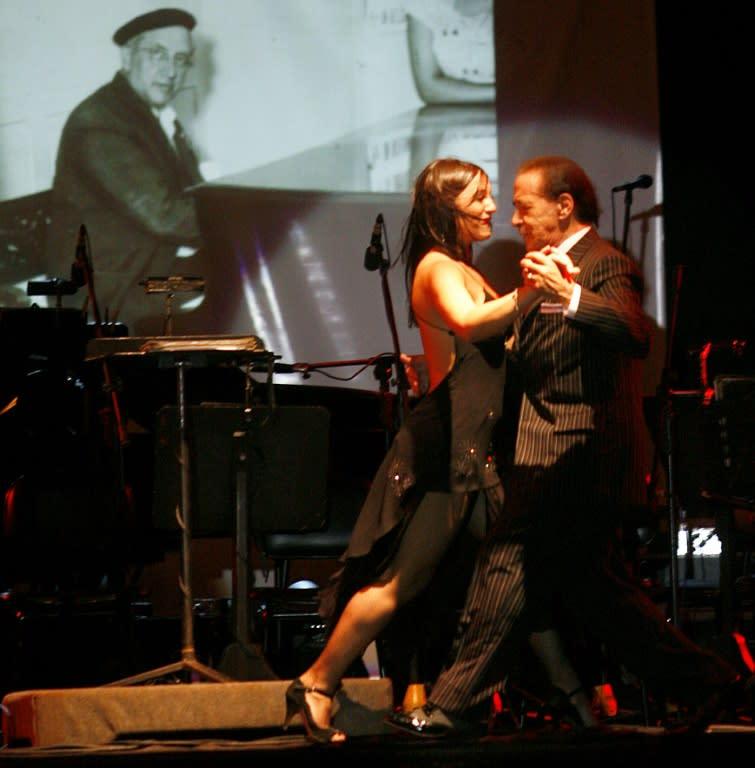 Muere por coronavirus célebre bailarín argentino de tango Juan Carlos Copes