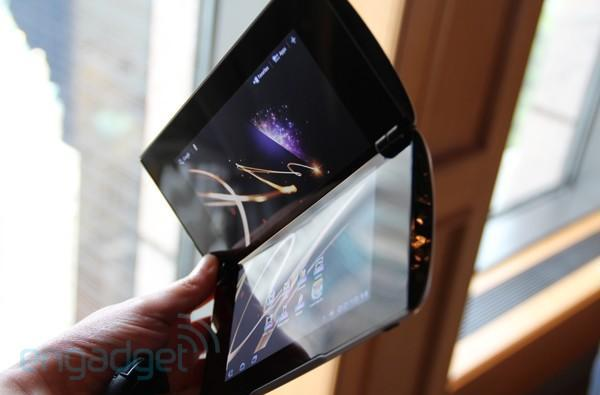 Sony's Tablet S and P get 3G in Japan, NTT DoCoMo preps for October 28th release