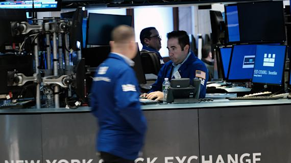 Stocks rise, Nasdaq jumps to record high amid Q3 GDP miss, drop in jobless claims