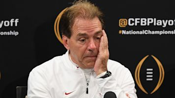 Alabama isn't No. 1 to begin season for once