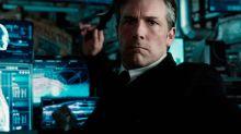 Ben Affleck se robó bati-búmerans del set de Liga de la Justicia ¡y tuvo que pagarlos!