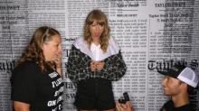 Taylor Swift bei Fantreffen von Heiratsantrag überrascht