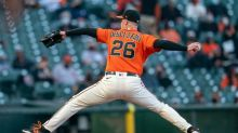 Pirates hope history repeats vs. surging Giants