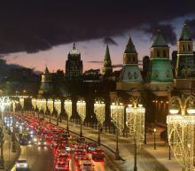 Kremlin Fights U.S. Sanctions, Backs Maduro in Rosneft Deal