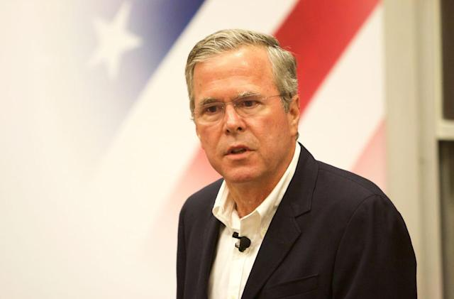 Jeb Bush has strong feelings about the Apple Watch