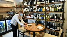 Virus 'pingdemic' causes havoc for UK businesses