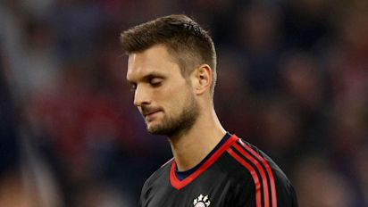 Ulreich shoulders blame as Bayern colleagues rally around stand-in keeper