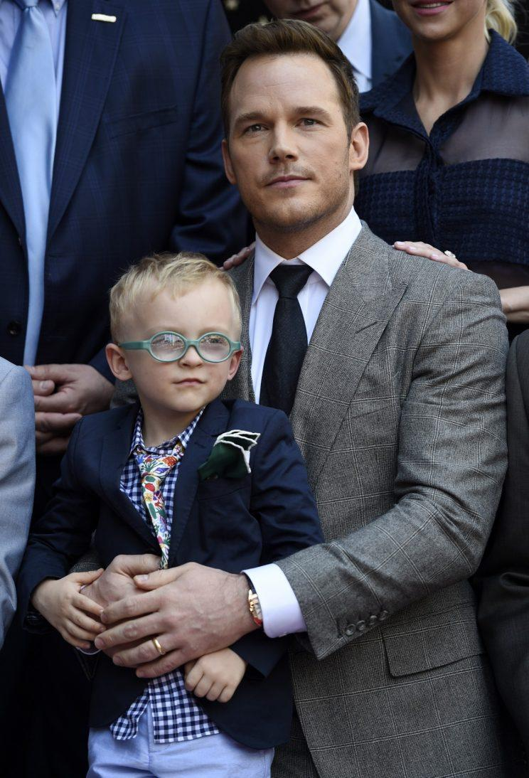 d60d796d60 This Pic of Chris Pratt Showing His Son How to Dress Up Gets All the ...
