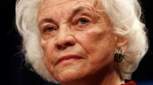 Trail-blazing retired U.S. Justice O'Connor says she has dementia