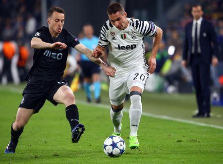 FC Porto's Diogo Jota in action with Juventus' Marko Pjaca
