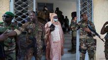 Mali : la junte militaire multiplie les gestes d'apaisement