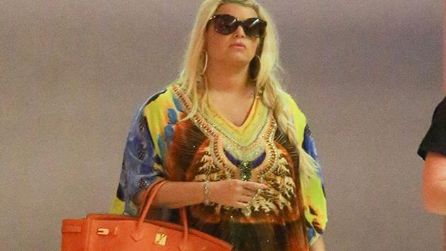 Jessica Simpson Looks Ace in First Appearance Post Pregnancy