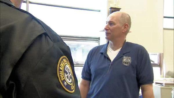 Philly cop retires with no sick days in 31 years