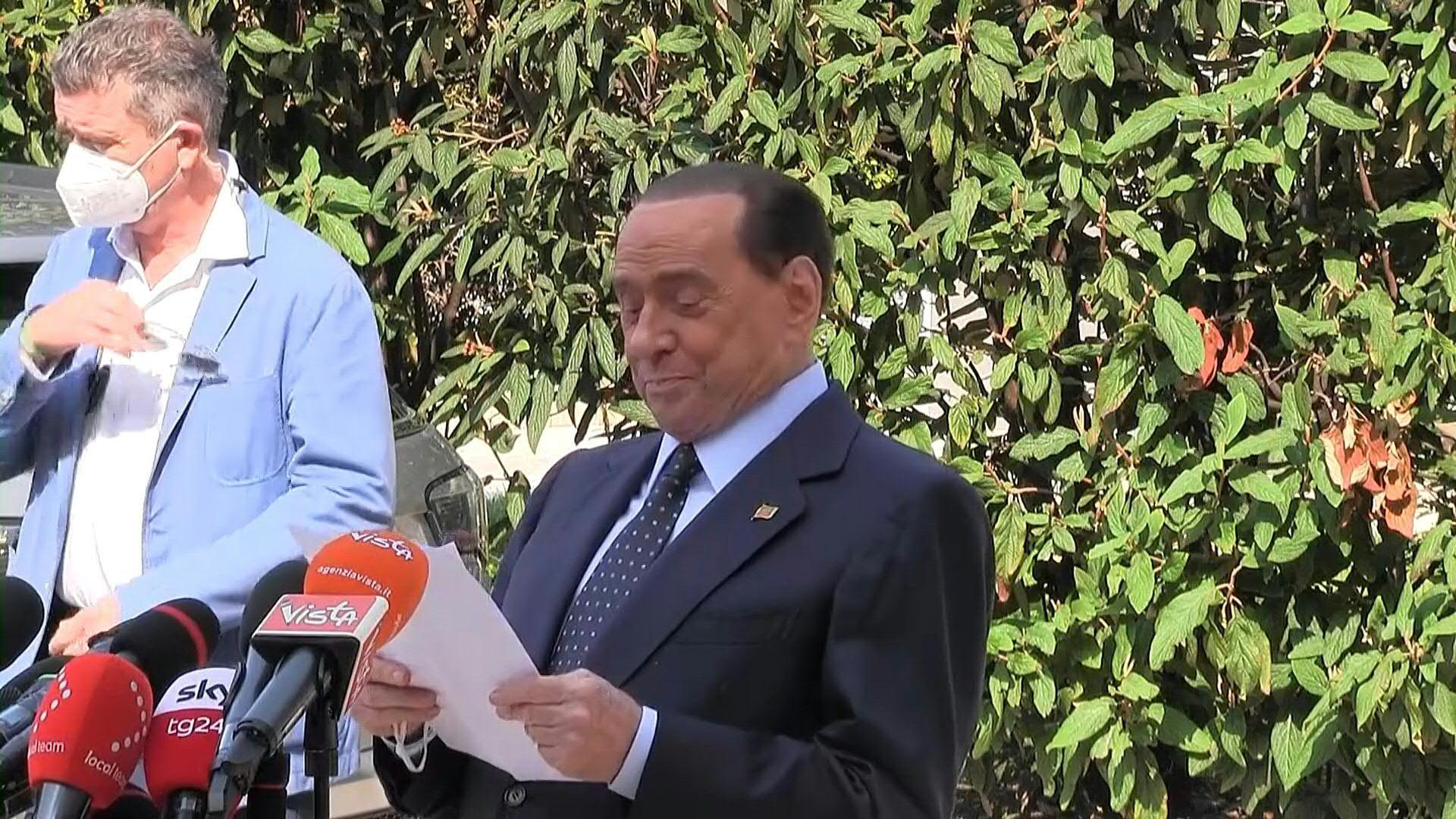 Italy's Silvio Berlusconi leaves hospital after virus scare [Video]