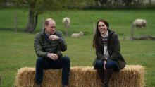 Royaler Farmbesuch: Herzogin Kate begeistert mit schlichtem Outfit