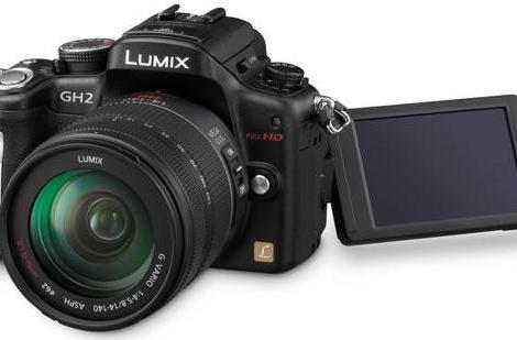 Panasonic Lumix GH2 review roundup: impressive video recording, murky still images