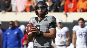 Reports: Oklahoma St. QB out for the season